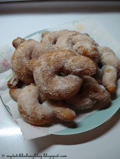 Nonnevotten (Dutch Fried Bows)