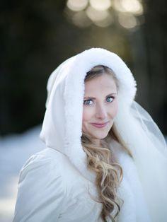 Winterbride in Norway by Mona Moe Machava: http://www.norwegianweddingblog.com/2015/03/bryllup-fra-kleivstua-hotell-av-mona-moe-machava-photography.html