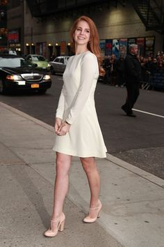 Lana Del Rey style and fashion - British Vogue cover (Vogue.com UK)