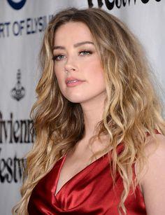 Le balayage façon BB d'Amber Heard