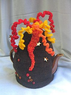 Volcano Tea Cosy pattern by Rian Anderson