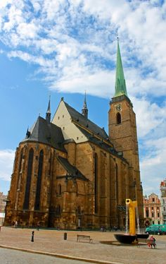 Cathedral of St. Bartholomew in Plzeň (Pilsen), Czechia. Its 102 m high tower… Pope John, Christian Church, John Paul, Footprints, Cathedrals, 16th Century, Czech Republic, Barcelona Cathedral, Germany