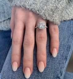 Simple Wedding Nails, Wedding Nails For Bride, Bride Nails, Gold Gel Nails, Oval Nails, Natural Acrylic Nails, Almond Acrylic Nails, Bridesmaids Nails, Bridesmaid Nails Acrylic