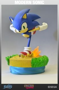 Modern Sonic Exclusive figure by First 4 Figures