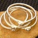 """Conjunto de 4 anillos de plata 925 de la colección """"DROPS"""" para la falange superior del dedo. 15€"""