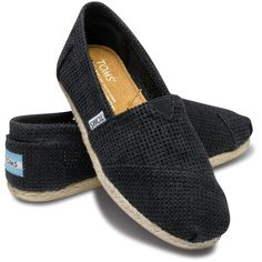 TOMS Black Freetown Canvas Classics (590 MXN) ❤ liked on Polyvore featuring shoes, black shoes, toms shoes, stretch canvas shoes, toms footwear and black canvas shoes