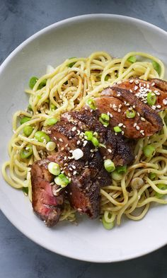 Celebrate Chinese New Year with long noodles and this juicy, five-spice seared duck breast. Takes minutes so you can get on with celebrating! Healthy Chinese Recipes, Indian Food Recipes, Asian Recipes, Healthy Recipes, Ethnic Recipes, Duck Breast Recipe, Duck Recipes, Pasta, International Recipes
