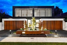Inkerman Road Town Houses by John Davey Architects Modern Architecture House, Residential Architecture, Architecture Design, Modern Townhouse, Townhouse Designs, Duplex House Design, Modern House Design, Plantas Duplex, Duplex House Plans