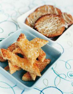 Sitruuna-kookosviipaleet | Pikkuleivät | Pirkka Candy Cookies, Apple Pie, Cornbread, Macaroni And Cheese, Waffles, French Toast, Breakfast, Ethnic Recipes, Desserts
