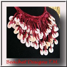 Crochet - Button necklace