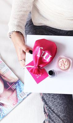 Almost weekend   #nailpolish #magazines #lazyday #pink #myjewellery #weekend #jogging #sweater #cosy Almost Weekend, Jogging, Cosy, Magazines, Sunday, Nail Polish, Sweater, Pink, Jewelry