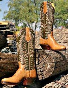 ac0e9af3a00 27 Best Handmade Custom Boots of the Month and Limited Editions ...