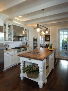 All Time Best Useful Tips: Small Kitchen Remodel Paint u shaped kitchen remodel drawers.U Shaped Kitchen Remodel Drawers condo kitchen remodel modern.Easy Kitchen Remodel How To Paint. New Kitchen Cabinets, Old Kitchen, Kitchen Decor, Kitchen Counters, Kitchen Ideas, Laminate Countertops, Cheap Kitchen, Kitchen Photos, Kitchen Islands