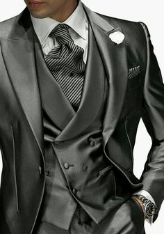 Wedding Suits Leather men's suits for men who like fashion. top mens designer suit brands, mens designer wedding suits, Click above VISIT link to find out Sharp Dressed Man, Well Dressed Men, Mode Masculine, Mens Attire, Mens Suits, Groom Suits, Groom Attire, Gq, Retro Mode