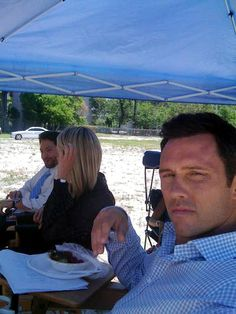 Jeffrey Donovan on the set of Signals and Codes in 2009 with Michael Weston & Katherine LaNasa.