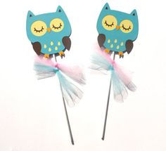 Items similar to Teal Woodland Owl Animal Themed Party Centerpiece Sticks Set of 2 - Birthday Party or Baby Shower on Etsy Owl Party Decorations, Party Centerpieces, Party Themes, Owl Animal, Owl Pet, 2nd Birthday Parties, Tweety, Woodland, Pikachu