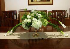 Rangkaian Bunga Meja Ruang Tamu