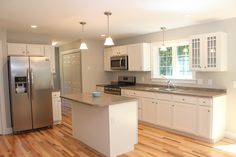 There's plenty of room in this kitchen. #ranch #kitchen #singlestory
