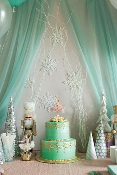 Creating a winter wonderland party indoors is the perfect way to celebrate your little one's birthday!
