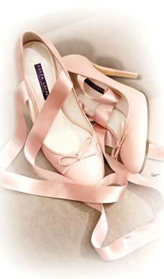 Samantha Serena ღ Feminine Elegance Ballet Heels, Ballerina Pumps, Shoes  Heels, Shoe Boots 0707f2ec15