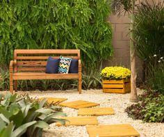 Para quem não tem muito tempo de cuidar de um jardim, ou ainda prefere não fazer grandes investimentos de manutenção, uma boa alternativa é construir um jardim sem grama.