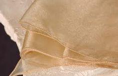 Confira os tecidos de organza para festas