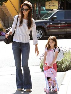 www.momolo.com #momolo #fashionkids #modainfantil PUSH IT  photo | Katie Holmes, Suri Cruise