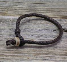Fancy - Braided Leather Bracelet with Deer Antler Button