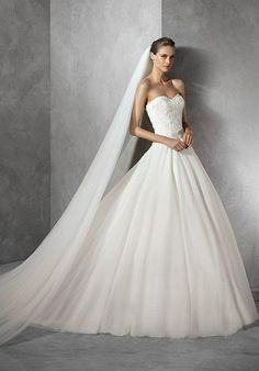 PRONOVIAS TENDY Wedding Dress photo