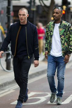 5 Easy Ways To Upgrade Your Style | It's warming up, as hard as that may be to believe, so you'll be looking to mix up and shape up your wardrobe, maybe even change your look entirely. Here are five easy ways to upgrade your style, so you'll be looking slick this coming season.