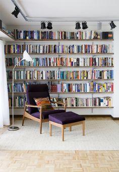Apartamento VR Superlimão Studio São Paulo 2010 cardboard bookshelf?