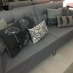 Rs8900 cada. almofadas lindas vem fazer sua composição uma mais linda que a outra!!!