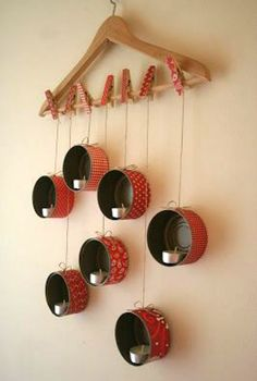 Diy: Hanging Tin Lanterns For X-mas DIY: HangingTin Lanterns For X-mas Do-It-Yourself Ideas Recycling Metal Tin Can Crafts, Diy Home Crafts, Diy Home Decor, Upcycled Crafts, Diy Christmas Decorations Easy, Christmas Crafts, Christmas Candles, Nordic Christmas, Modern Christmas