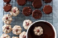 NØTTEROSER MED SJOKOLADE | TRINES MATBLOGG Fudge, Muffin, Healthy Eating, Cookies, Baking, Breakfast, Recipes, Food, Passion