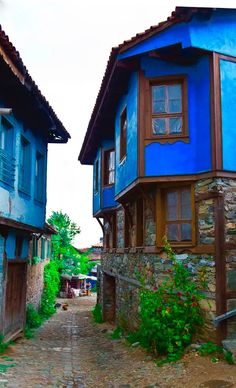 Historical (Cumalikizik-Bursa-TR) by ihsan efeoglu*** ☼ 写真 ஜℓvஜ ✨❁⊰ ~♥~ MO Apr 2018 ~♥~ ⊱⛩☮️☸️ॐ⛩✨❁↠ ஜℓvஜ ☼Design Outdoor Areas, Outdoor Life, Orient House, Casa Top, Urban Concept, Outdoor Pictures, Old Street, Village Houses, Art And Architecture