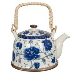 Keramická konvička s modrými květy