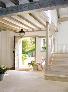 12 recibidores rústicos llenos de encanto · ElMueble.com · Otras estancias