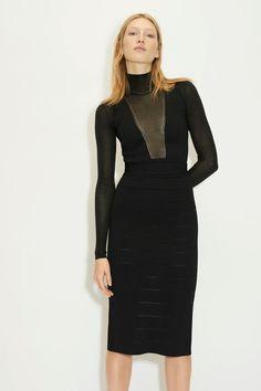 Herv¨¦ L¨¦ger Fall 2020 Ready-to-Wear Fashion Show - Vogue Herve Leger, Vogue Paris, Short Dresses, Dresses For Work, Fashion Show, Fashion Outfits, Fashion Weeks, Fashion Women, 2020 Fashion Trends