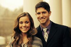 Ben Seewald + Jessa Duggar. <3 They only side hug:) #courting#love#cute