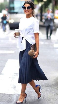 33d5da28a9a1 CLICK on the photo to SHOP this beautiful skirt  ) Navy dark blue pleated  high