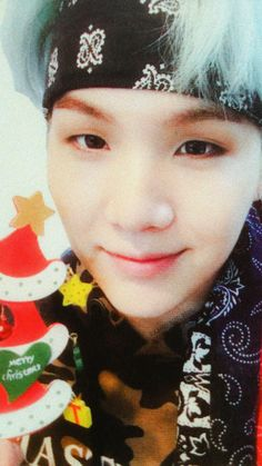 Suga Wallpaper BTS // Japan Official Christmas Card ♡