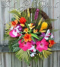 Tropical Wreath by IrishGirlsWreaths on Etsy Tropical Decor, Tropical Flowers, Tropical Interior, Tropical Christmas, Caribbean Christmas, Hawaiian Decor, Summer Wreath, Spring Wreaths, Diy Wreath