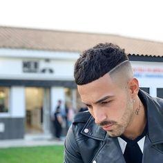 64 Stylish Short Haircut for Men in Fall Beautifus Hairstyles - Mens Medium Length Hairstyles, Mens Hairstyles With Beard, Cool Hairstyles For Men, Hair And Beard Styles, Hairstyles Haircuts, Trending Hairstyles For Men, Hipster Haircuts For Men, Stylish Short Haircuts, Best Short Haircuts