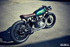 1976 Honda CB250 by Blackbean Motorcycles