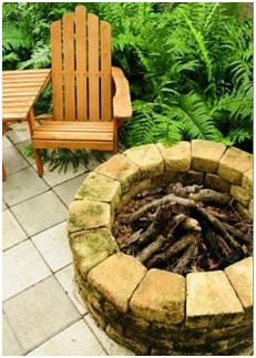 Improve your yard and landscape with a new birdhouse, dog house, fire pit, brick barbecue, shed, playhouse, yard barn, guest cottage, hobby greenhouse or backyard studio or office. Check out a directory of the Internet's best free plans and building guides.