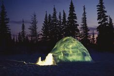 size: Photographic Print: Poster of Inuit Culture by Norbert Rosing : Un Igloo, Igloo Building, Snow Activities, Five In A Row, Visit France, Snow And Ice, Winter Wonder, National Geographic, Social Studies
