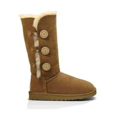 3d312852f91 in TH BK Fri-Ugg authentic BaileyTriplet Ugg authentic Bailey button  Triplet chestnut boots Sz 6 new with box. Also available on p-a-ypal and  Threadflip!