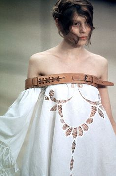 Alexander McQueen, spring/summer 1999 (an original, gorgeous take use of 'western' motif that doesn't involve cultural appropriation or feathered headdresses!)