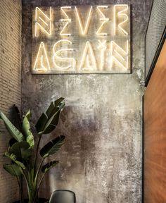 Barcelona Restaurant Features Eclectic Design - InteriorZine