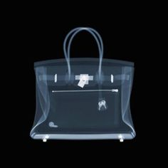 How to Spot a Fake Hermès Birkin Bag on The Study: The @1stdibs Blog | https://www.1stdibs.com/blogs/the-study/counterfeit-hermes-birkin-bag/